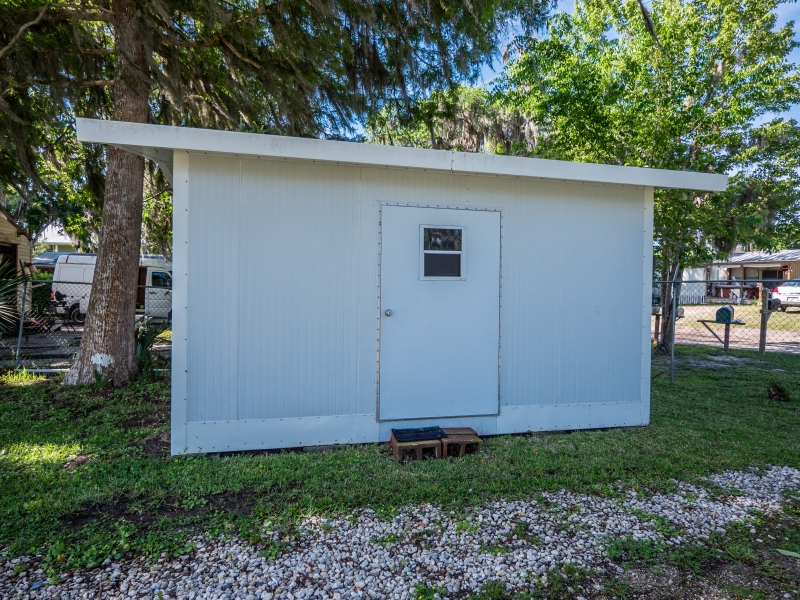 9515-NE-307-Court-Salt-Springs-Exterior-7
