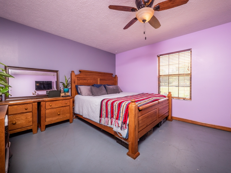 6962-NE-61st-Ave-Rd-Silver-Springs-FL-Interior-Guest-Bedroom