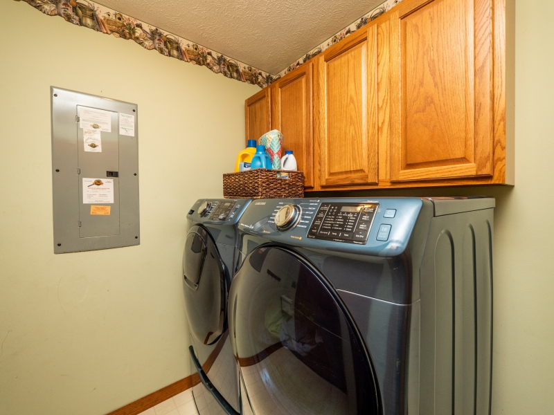 6962-NE-61st-Ave-Rd-Silver-Springs-FL-Interior-Laundry-Room-
