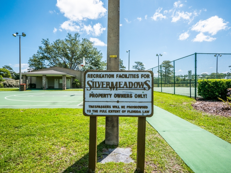 6962-NE-61st-Ave-Rd-Silver-Springs-FL-Silver-Meadows-Park-and-Entrance