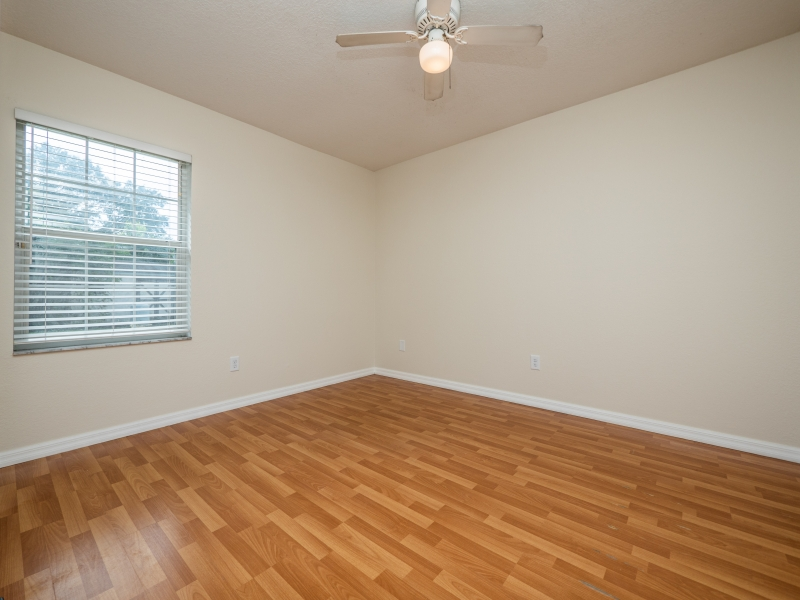 8-Teak-Rd-Ocala-FL-Interior-Guest-Bedroom-