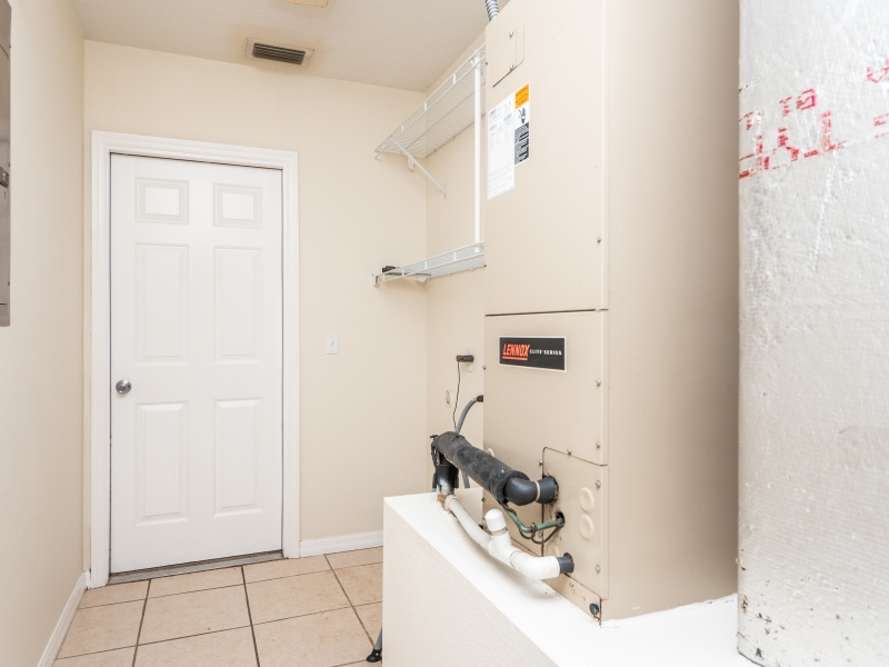 8-Teak-Rd-Ocala-FL-Interior-Laundry-Room-