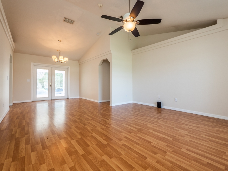 8-Teak-Rd-Ocala-FL-Interior-Living-Room-2