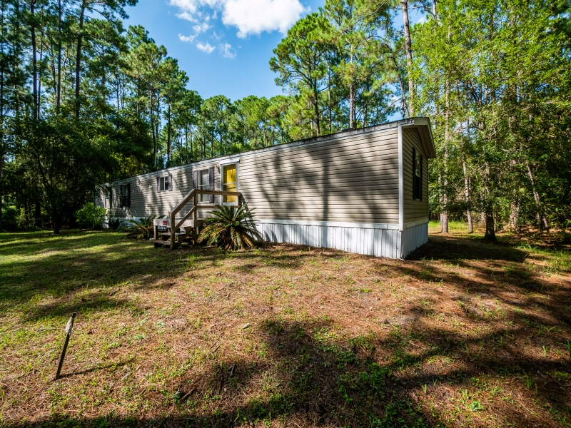7121-NE-132nd-Pl-Citra-FL-Exterior-10-of-23
