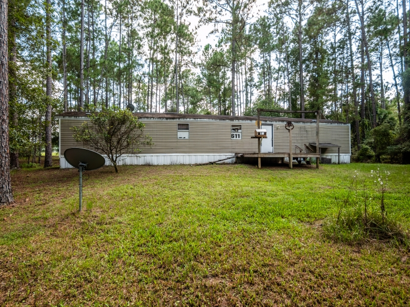 7121-NE-132nd-Pl-Citra-FL-Exterior-14-of-23