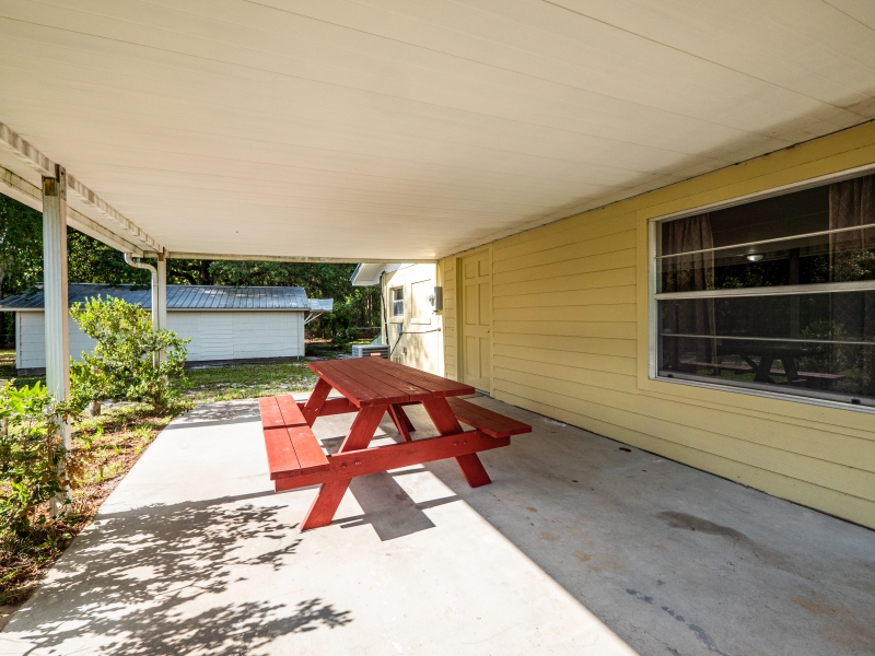 1328-S-County-Road-315-Interlachen-FL-32148-Exterior-13
