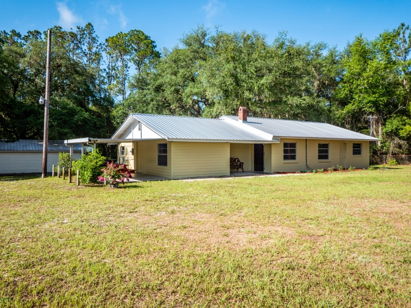 1328-S-County-Road-315-Interlachen-FL-32148-Exterior-8