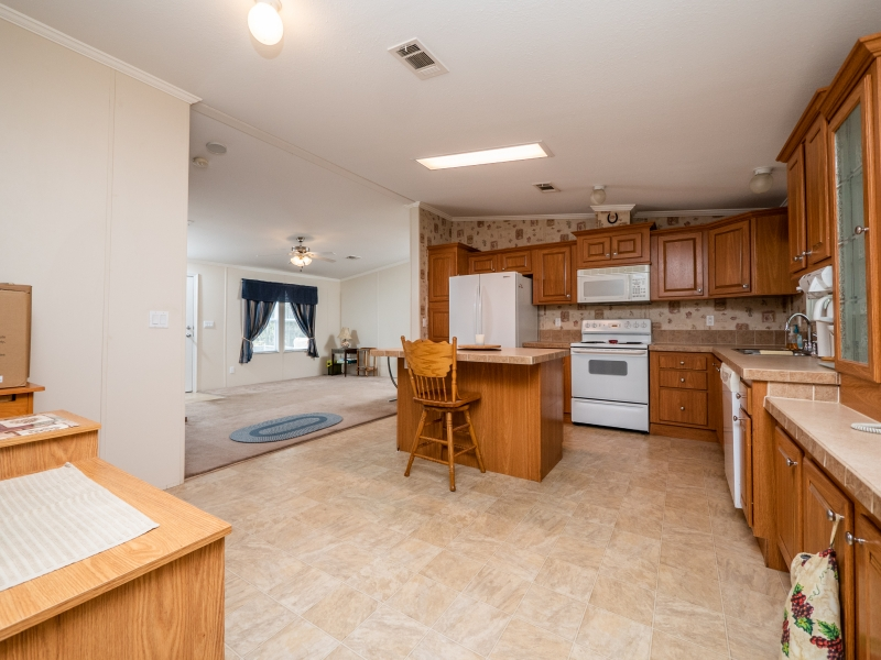 23561-NE-134th-Ln-Rd-Interior-Kitchen-1