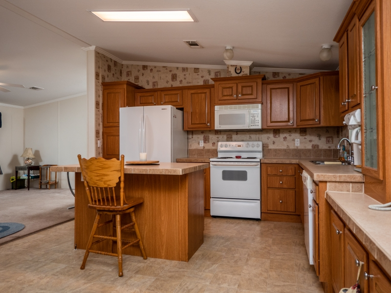 23561-NE-134th-Ln-Rd-Interior-Kitchen-2-