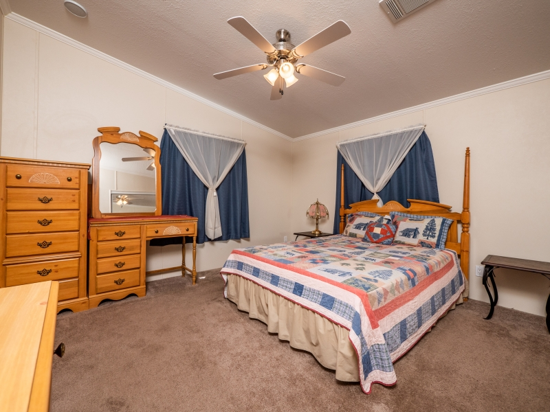 23561-NE-134th-Ln-Rd-Interior-Master-Bedroom-