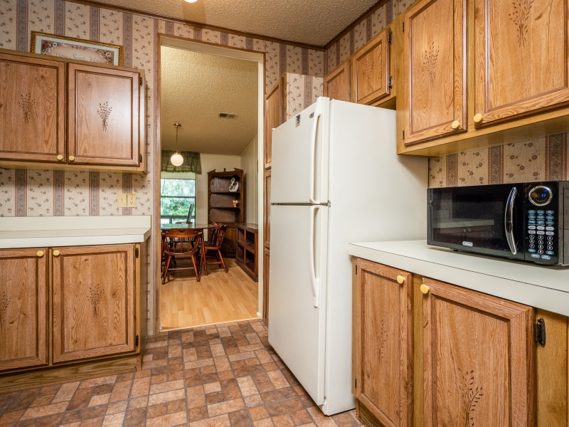 13711-NE-247th-Ct-Interior-Kitchen-3
