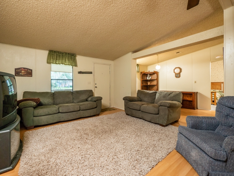 13711-NE-247th-Ct-Interior-Living-Room