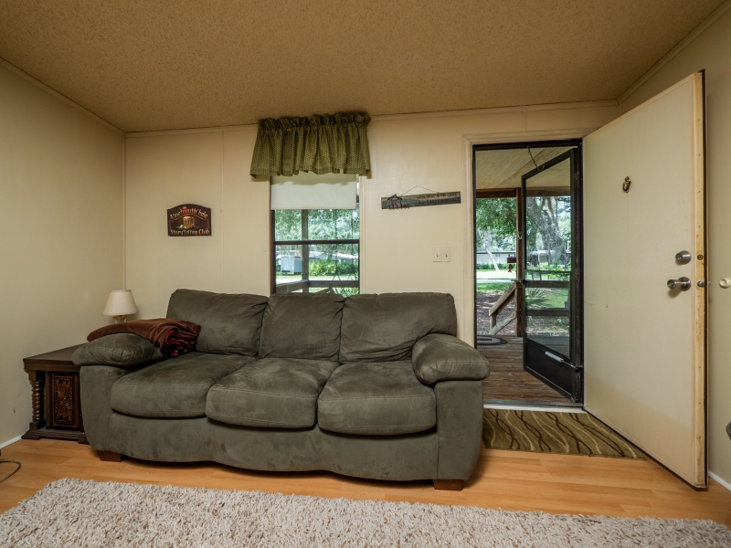 13711-NE-247th-Ct-Interior-Living-room-1