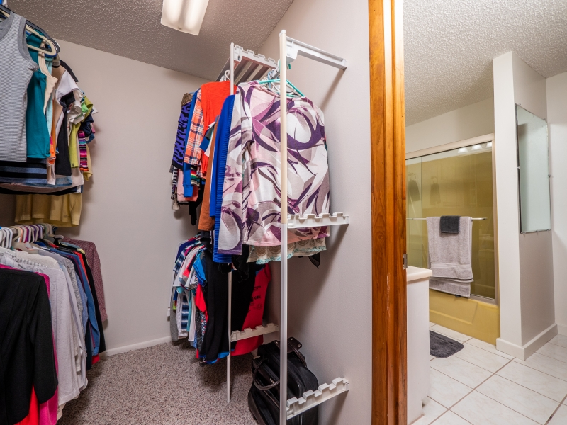 7720 NE 199th St Rd, Citra-Interior-2nd Floor Bathroom and Closet