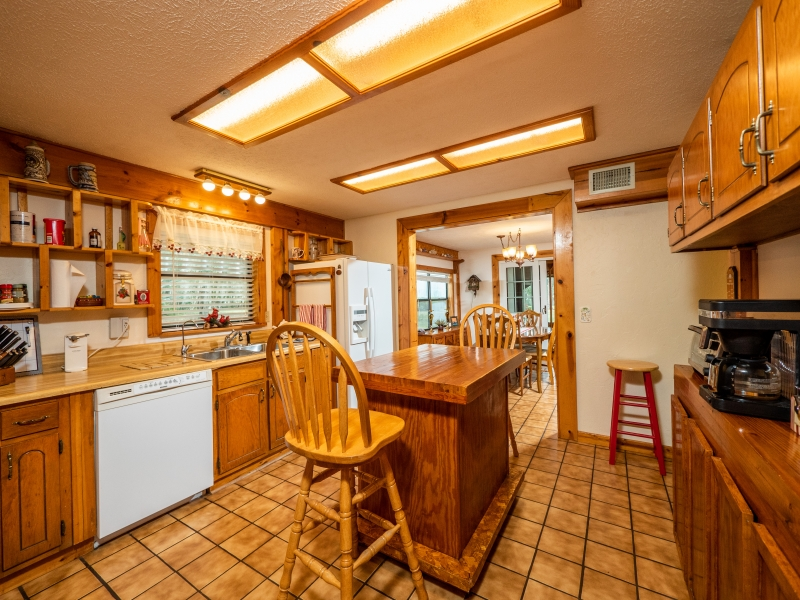 7720 NE 199th St Rd, Citra-Interior-Kitchen 1