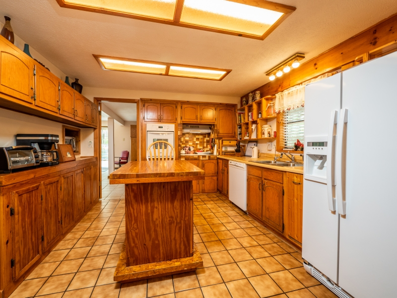 7720 NE 199th St Rd, Citra-Interior-Kitchen 2