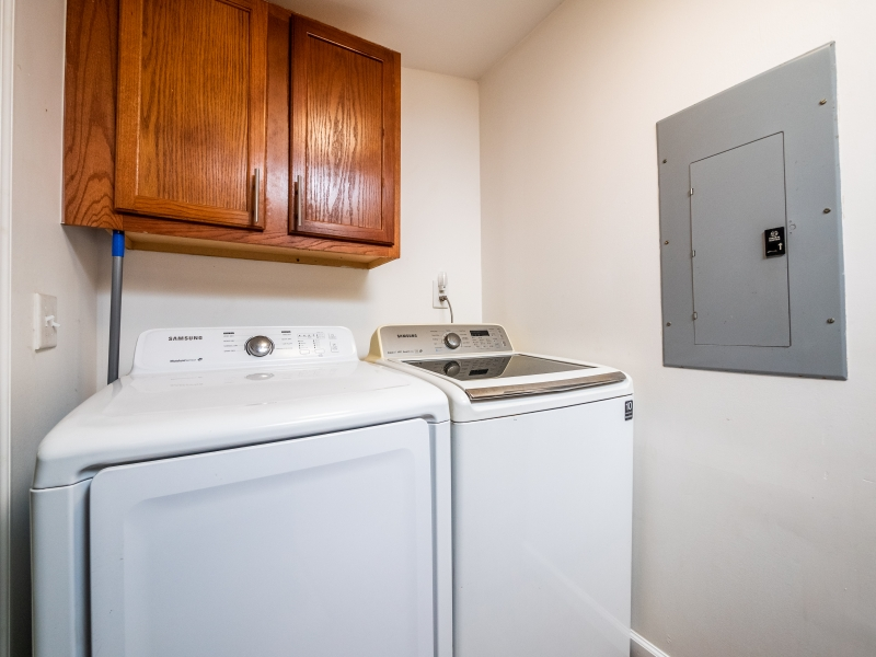 13424-NE-188-Place-Fort-McCoy-FL-32134-Interior-Laundry-Area