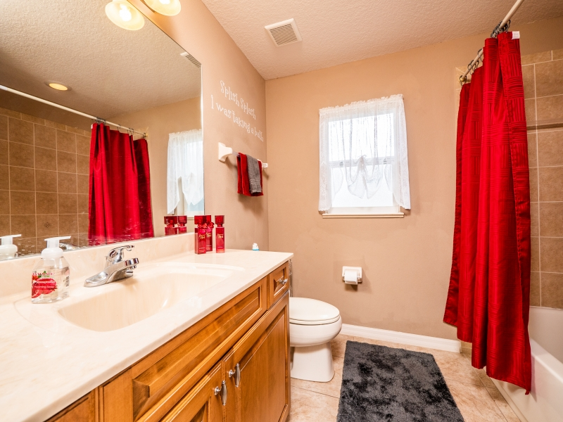 282 NW 44th St-Interior-Guest Bathroom