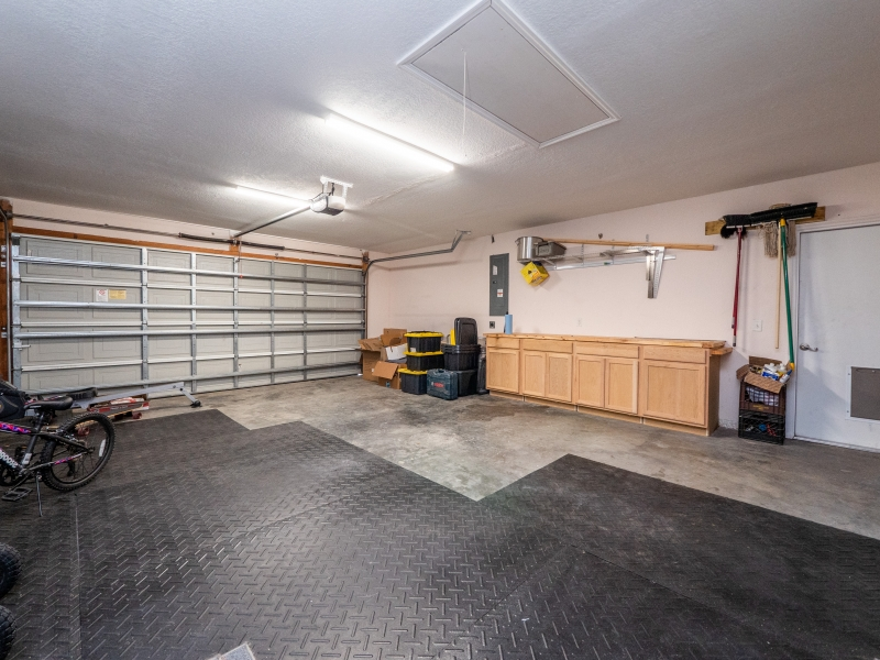 11464 SW 131 Terr Dunnellon- Interior Garage
