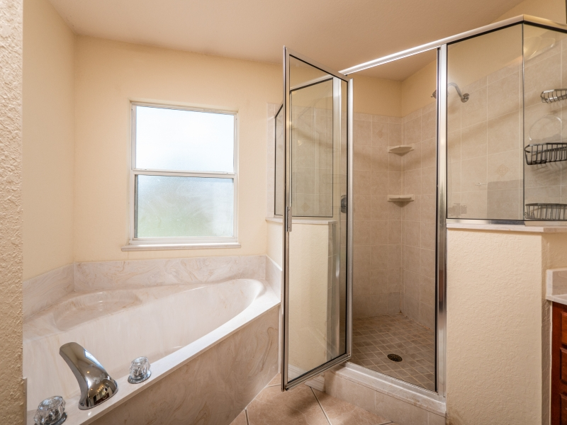 11464 SW 131 Terr Dunnellon- Interior Master Bathroom 2