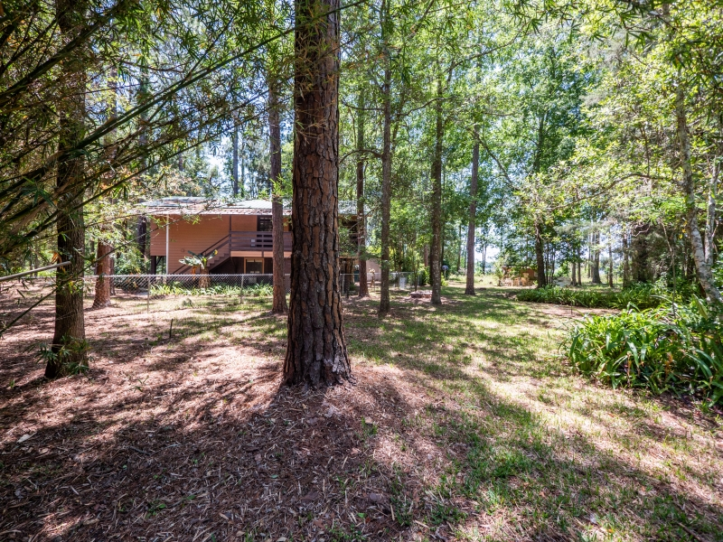 23400-NE-117-Court-Rd-Ft-McCoy-Exterior-15-of-23