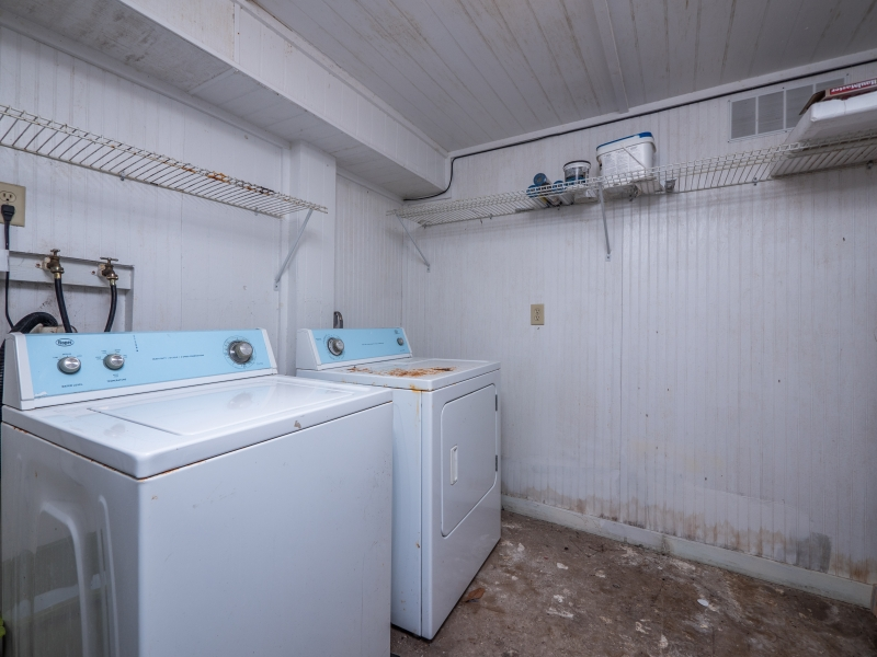 23400-NE-117-Court-Rd-Ft-McCoy-Interior-Laundry-Room-