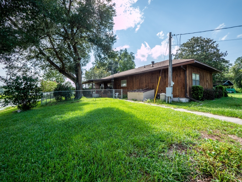15030-NE-85th-Place-Silver-Springs-FL-Exterior-10-of-19