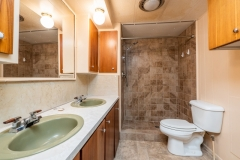 15030-NE-85th-Place-Silver-Springs-FL-Interior-Guest-Bathrooms-