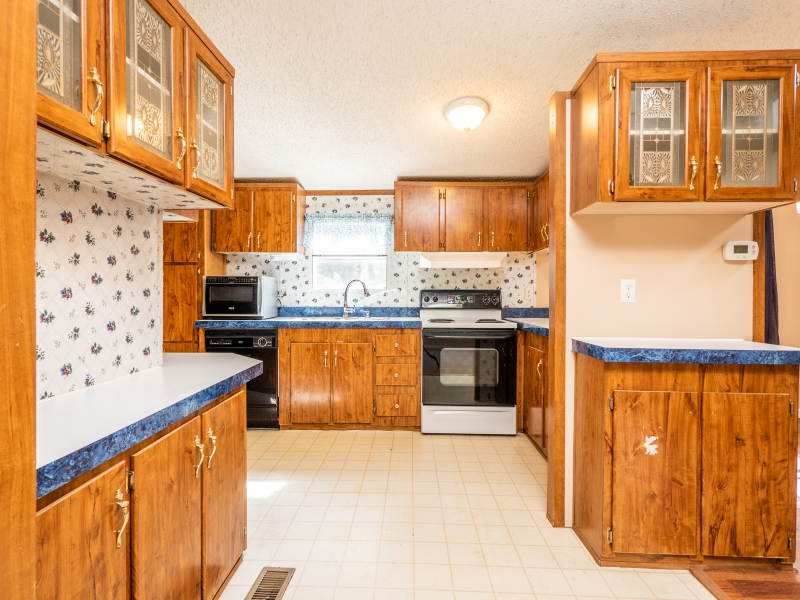 1446-West-Highway-316-Interior-Kitchen-2