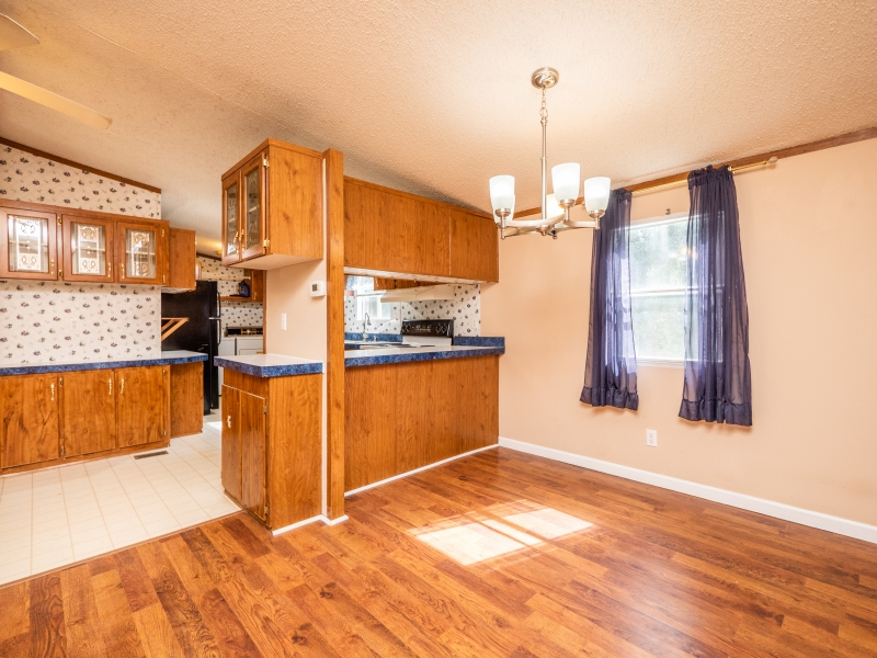 1446-West-Highway-316-Interior-Kitchen-Dinning-room