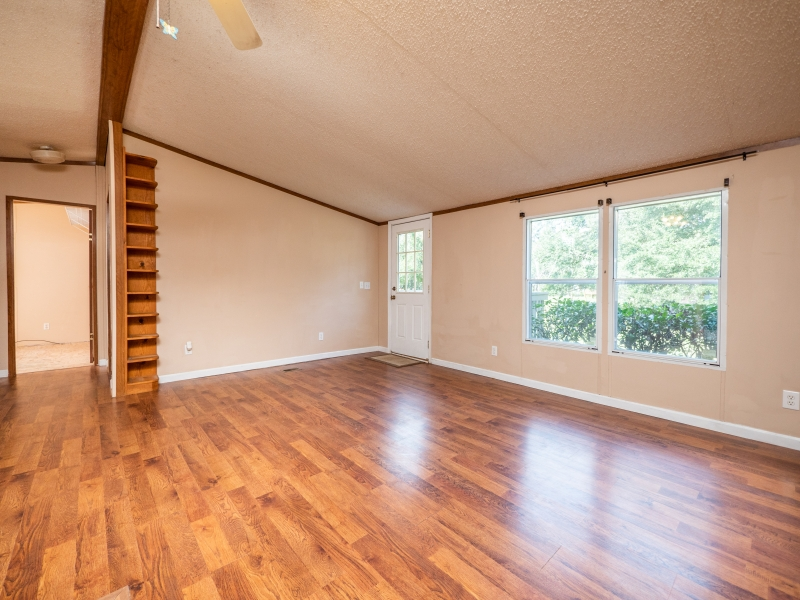 1446-West-Highway-316-Interior-Living-room-3