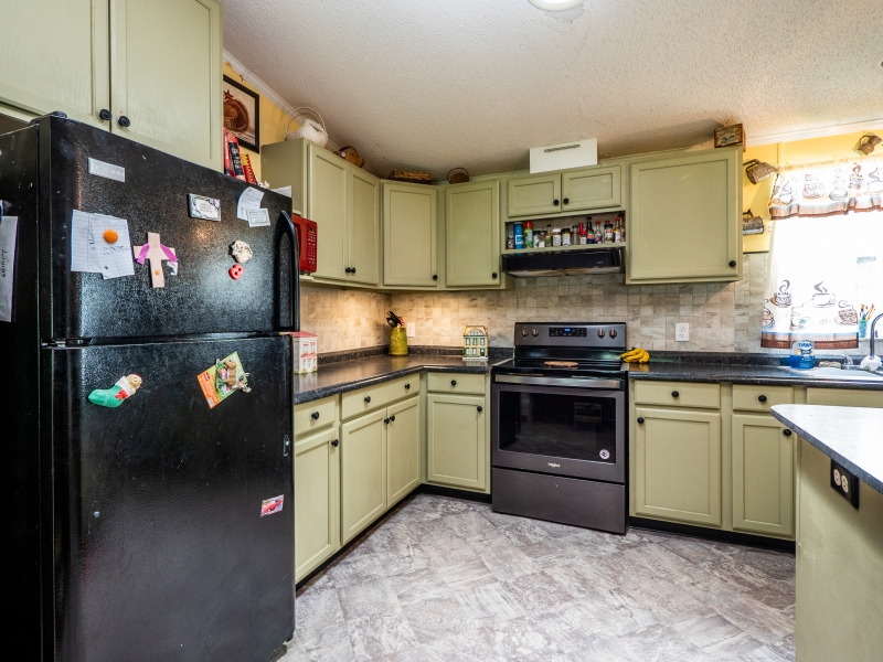 15670-NE-236th-St-Interior-Kitchen-1