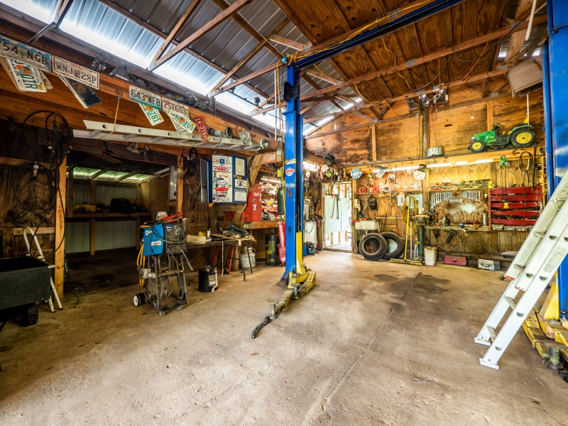 15670-NE-236th-St-Work-Shed-4
