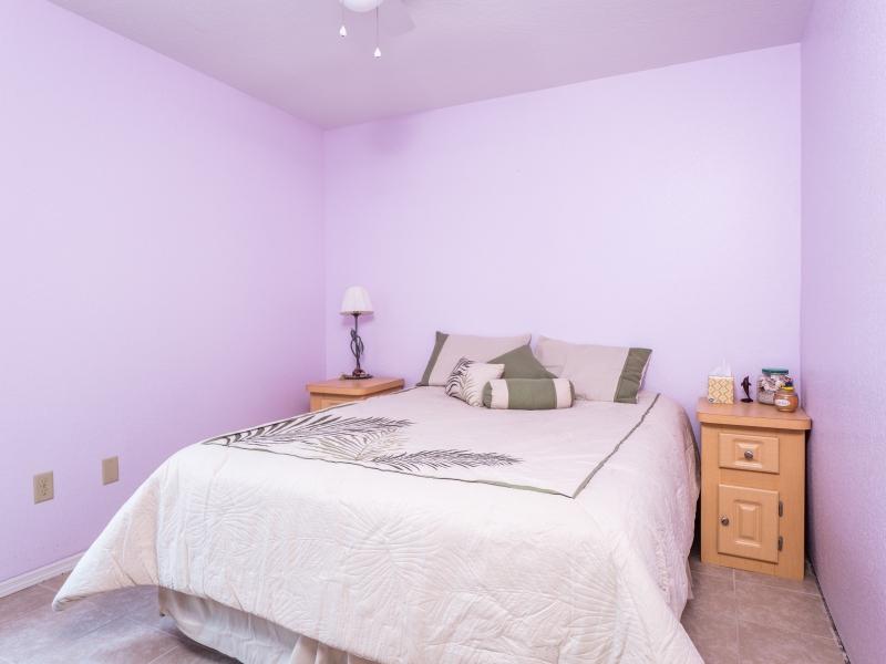 15126-NE-35-Ave-Rd-Guest-Bedroom-1