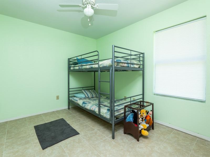 15126-NE-35-Ave-Rd-Interior-Guest-Bedroom-2
