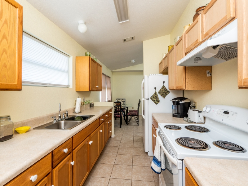 15126-NE-35-Ave-Rd-Interior-Kitchen-2