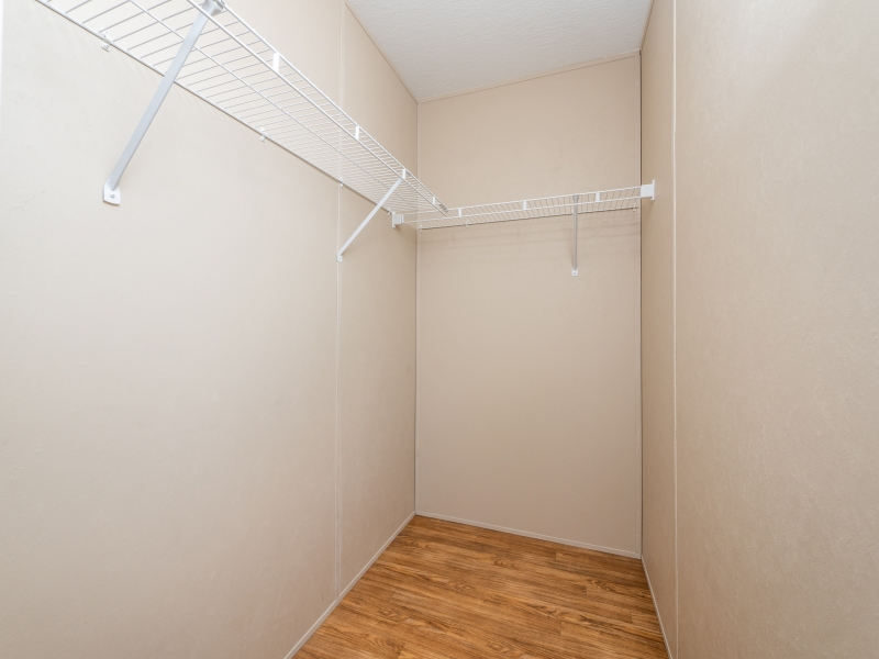 13240-NE-247-Court-Salt-Springs-Interior-Guest-Bedroom-Closet