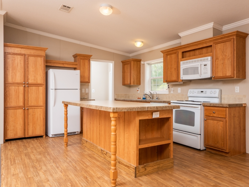 13240-NE-247-Court-Salt-Springs-Interior-Kitchen-2