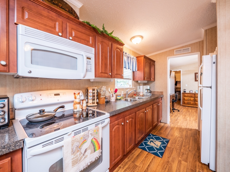 24955-NE-130th-Place-Interior-Kitchen-1